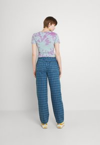 BDG Urban Outfitters - ARGYLE MODERN BOYFRIEND  - Jeans straight leg - light vintage - 2