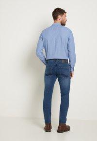 TOM TAILOR - JOSH - Straight leg -farkut - mid stone blue - 2