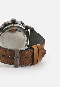 HUGO - SEEK - Reloj - bron - 1