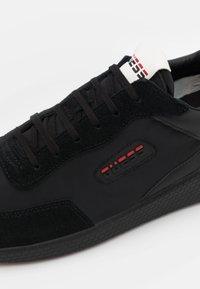 Guess - MODENA - Sneakers basse - black - 5