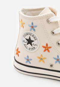 Converse - CHUCK TAYLOR ALL STAR - Vysoké tenisky - natural ivory/egret/black - 5