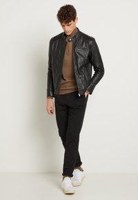 Selected Homme - CLASSIC JACKET - Veste en cuir - black - 2