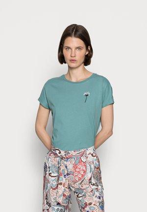FRANCESCA DANDELION SMALL EMBRO TEE - Basic T-shirt - green