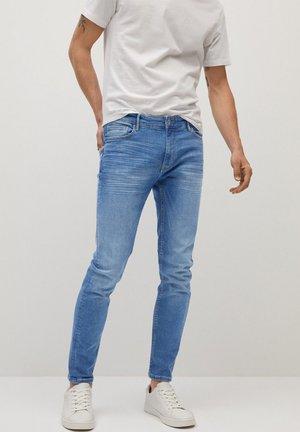 JUDE MITTLERE WASCHUNG - Jeans Skinny Fit - mittelblau