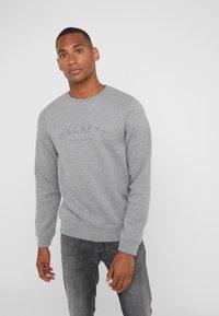 Hackett London - LOGO CREW - Mikina - mottled grey - 0