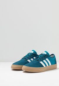 adidas Originals - ADI-EASE - Trainers - tech mint/footwear white/activ teal - 2