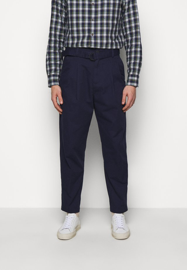 BELTED TROUSER - Stoffhose - blue