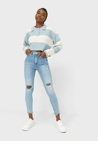 Stradivarius - Jeansy Skinny Fit - mottled light blue - 1
