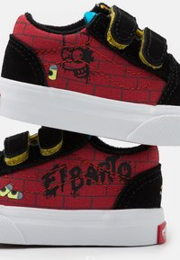 Vans - THE SIMPSONS OLD SKOOL - Baskets basses - dark red/multicolor - 5