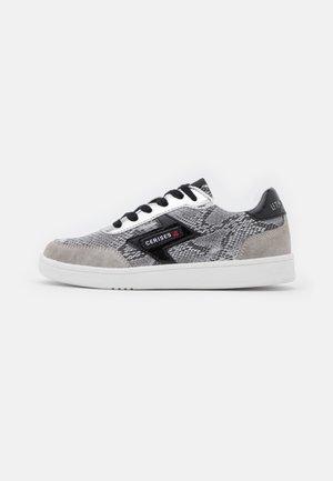 FLASH  - Sneakers laag - python