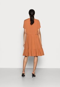 InWear - VIKSA DRESS - Sukienka letnia - honey - 2