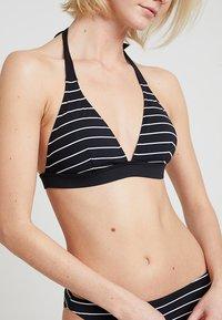 Esprit - MOONRISE BEACH PADDED HALTERNECK - Bikini top - black - 5