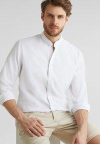 Esprit - MIT STEHKRAGEN - Shirt - white - 3