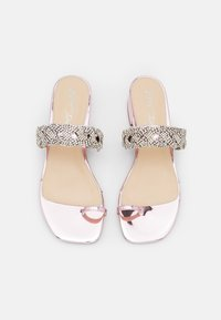 Blue by Betsey Johnson - INDIE - Tongs - rose - 5
