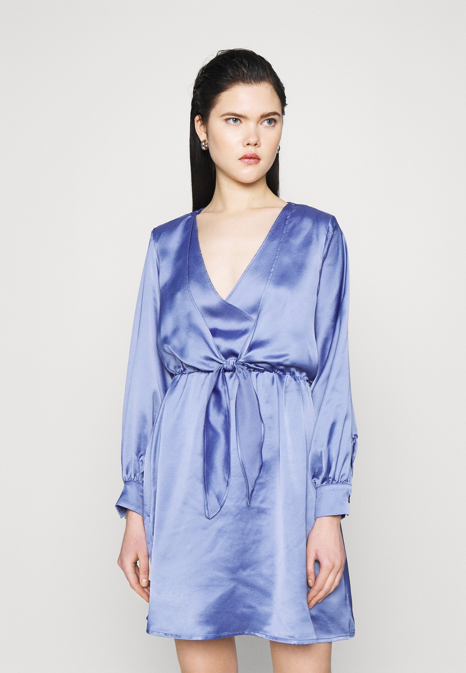 Women FRONT KNOT FLOWY MINI DRESS - Day dress