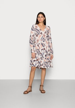 DRESS WITH FLOUNCE - Day dress - white