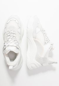 Iro - CURVE RUNNER - Sneakers laag - white - 3