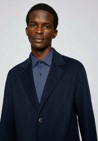 BOSS - P HANK KENT - Formal shirt - open blue - 3