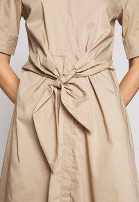Lauren Ralph Lauren - SILKY DRESS - Vestido camisero - birch tan - 7