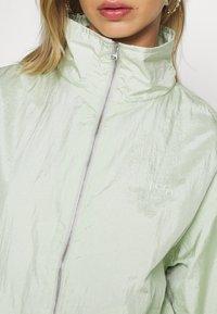 Levi's® - DREW - Summer jacket - bok choy - 5