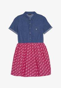 Guess - JUNIOR MIXED FABRIC SLEEVES DRESS - Denim dress - vintage dark blue - 2