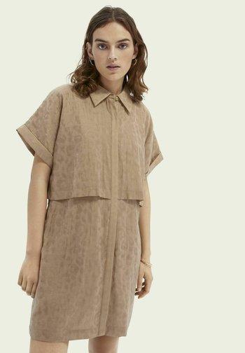 Shirt dress - oat