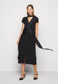 Victoria Victoria Beckham - DIAMOND DRAPE DRESS - Koktejlové šaty/ šaty na párty - black - 7