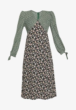 FLORAL CONTRAST LONG SLEEVE PATCHI DRESS - Freizeitkleid - green