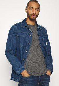 Tommy Jeans - SLIM JASPE C NECK - Basic T-shirt - black - 3