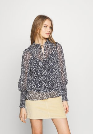 FIONA SHIRRED SLEEVE BLOUSE - Bluser - blue
