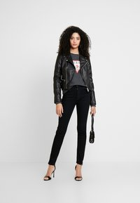 Guess - KHLOE JACKET - Giacca in similpelle - jet black - 1