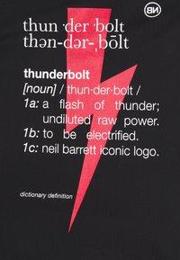 Neil Barrett - THUNDERBOLT DEFINITION SERIES TANK - Débardeur - black/red/white - 2