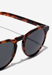 Hawkers - WARWICK - Sunglasses - brown - 2