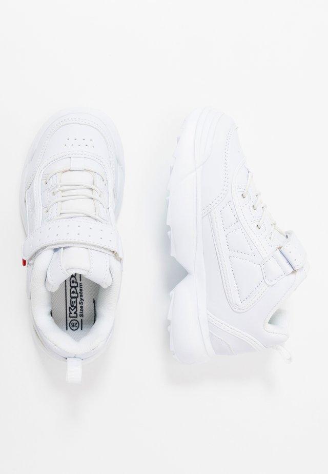 RAVE - Gym- & träningskor - white