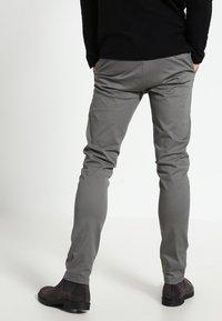 Minimum - NORDEN - Chino - silver grey - 2