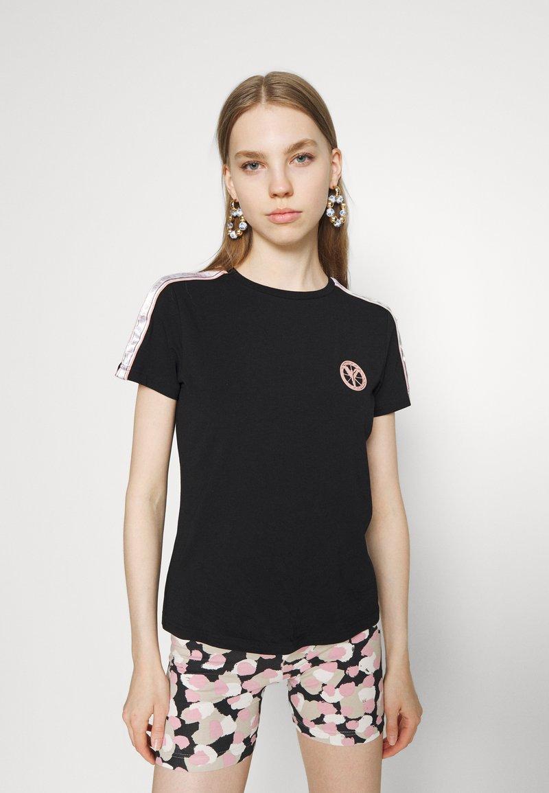 Carlo Colucci - T-shirt print - black