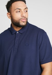 Lacoste - Polo shirt - marine - 5