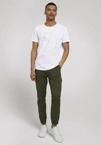 TOM TAILOR DENIM - Print T-shirt - white - 1