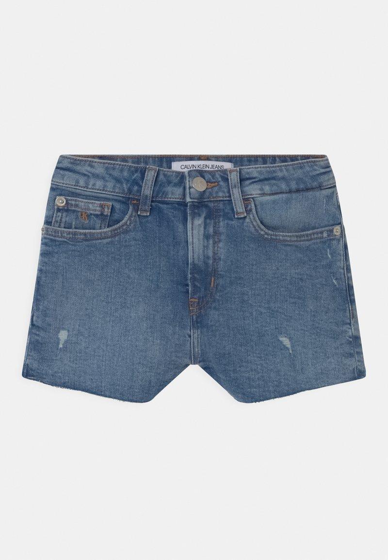 Calvin Klein Jeans - RELAXED  - Denim shorts - blue
