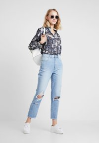 Abrand Jeans - HIGH - Straight leg jeans - wildlife - 1