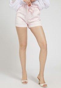 Guess - JANNA - Shorts - rose - 0