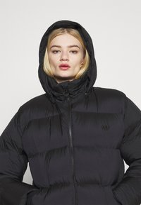 adidas Originals - WINTER LOOSE JACKET - Down jacket - black - 5