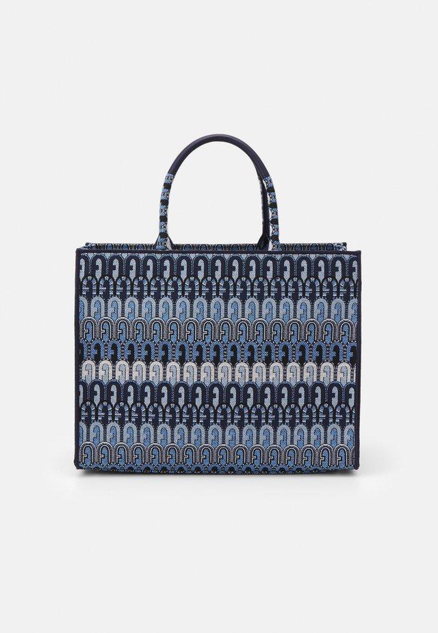OPPORTUNITY L TOTE - Shoppingväska - toni blu denim