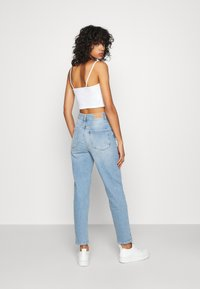 Gina Tricot - COMFY MOM - Relaxed fit jeans - sky blue - 2