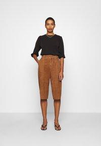 Selected Femme - SLFTENNY - Sweatshirt - black - 1
