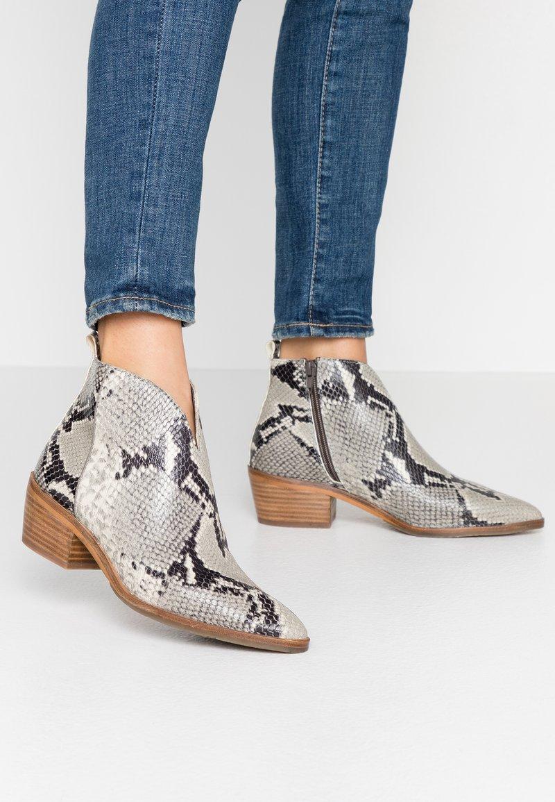 MAHONY - BILBAO - Ankle boots - grey