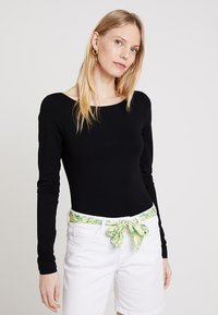Zalando Essentials - Long sleeved top - black - 0