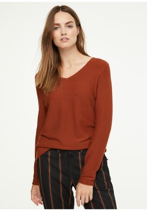 Jumper - dark orange
