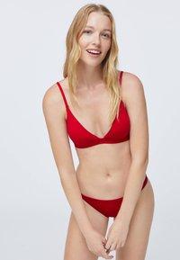 OYSHO - Bikiniöverdel - red - 0