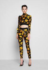 Versace Jeans Couture - Legíny - black - 1